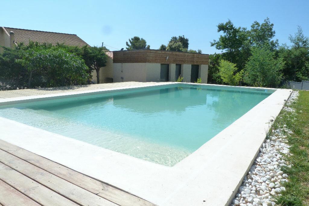 Achat Maison 8 pièces à Roquebrune-sur-Argens - vignette-2