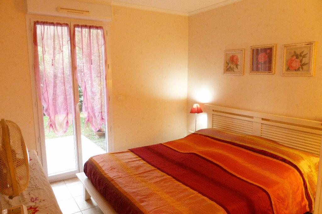 Achat Appartement 4 pièces à Fréjus - vignette-7