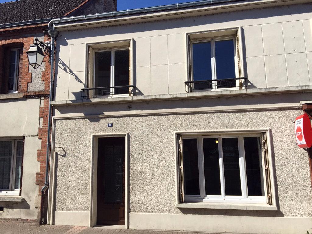 Location Maison 4 pièces à Salbris - vignette-1