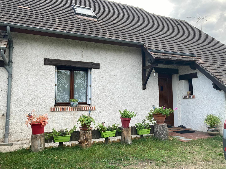 Location Maison 4 pièces à La Ferté-Imbault - vignette-1