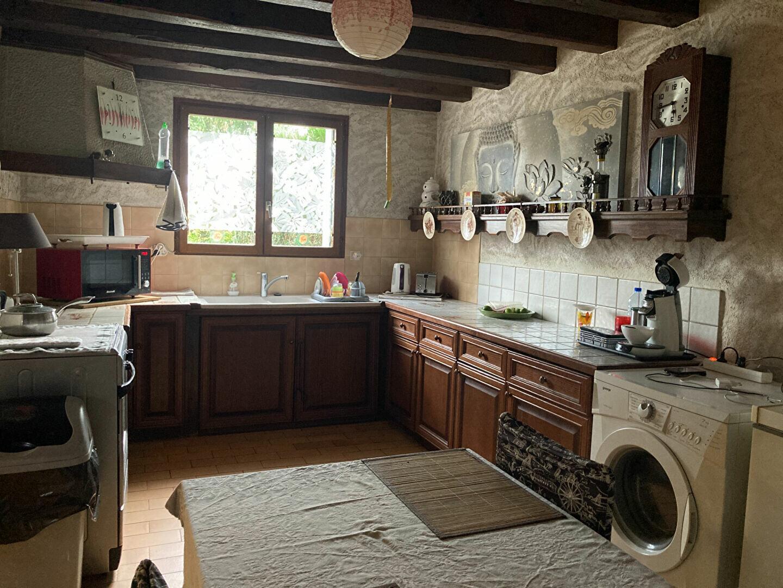Location Maison 4 pièces à La Ferté-Imbault - vignette-3