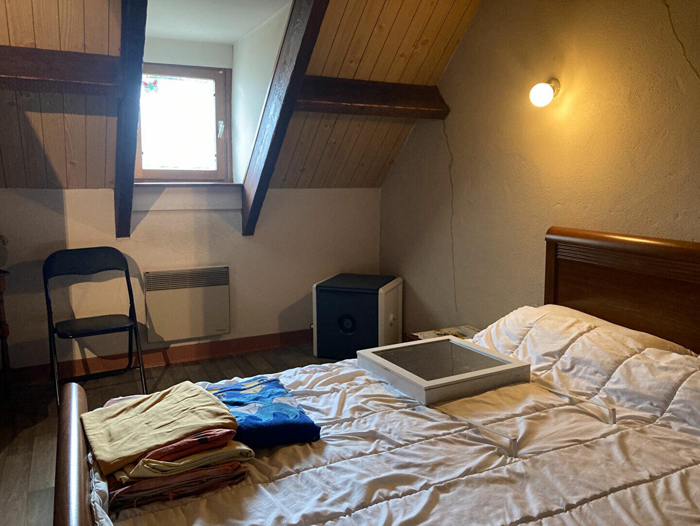 Location Maison 4 pièces à La Ferté-Imbault - vignette-6
