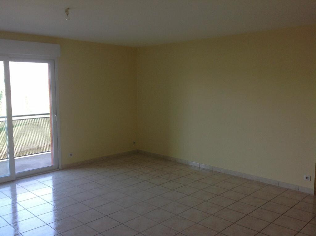 Location Appartement 4 pièces à Salbris - vignette-1