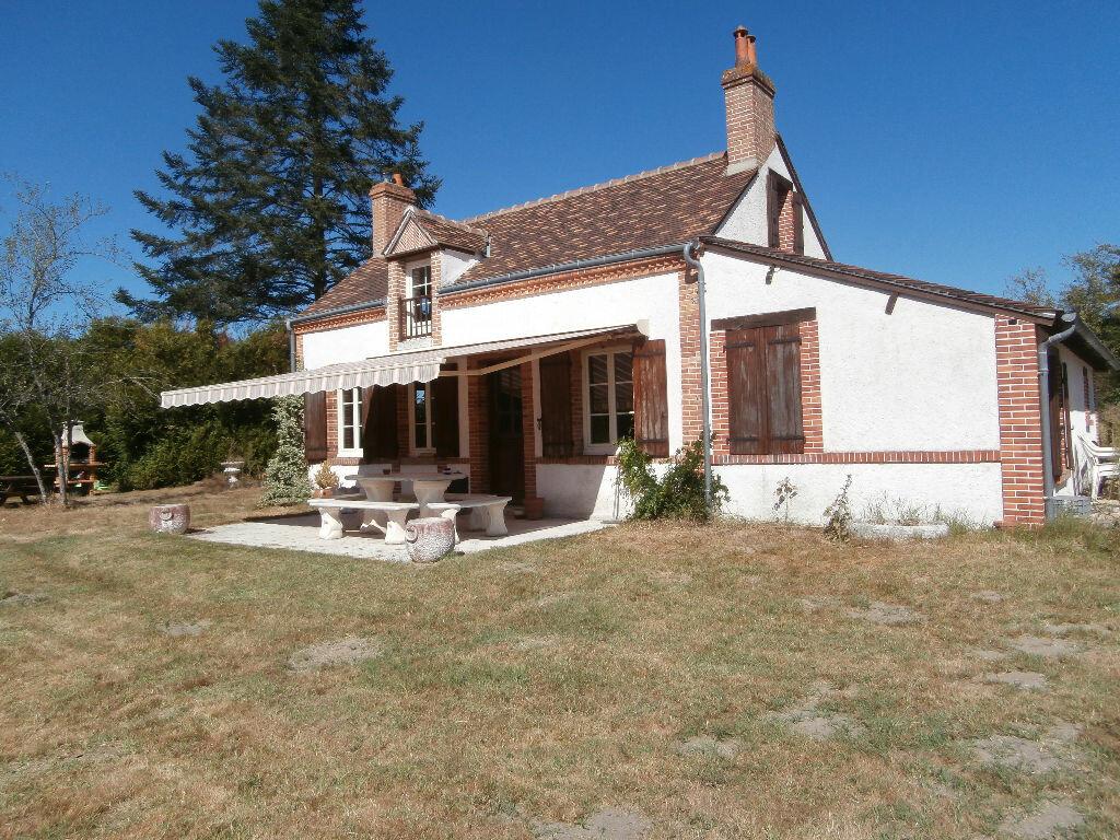 Achat Maison 5 pièces à La Ferté-Saint-Cyr - vignette-1
