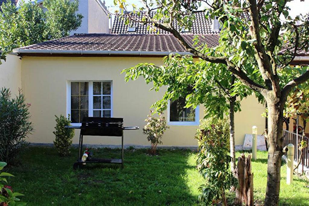 Achat Maison 10 pièces à Bonneuil-sur-Marne - vignette-3