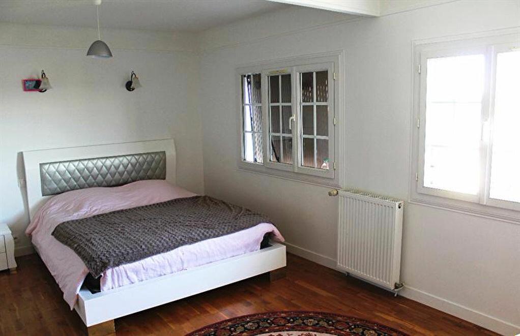 Achat Maison 10 pièces à Bonneuil-sur-Marne - vignette-6