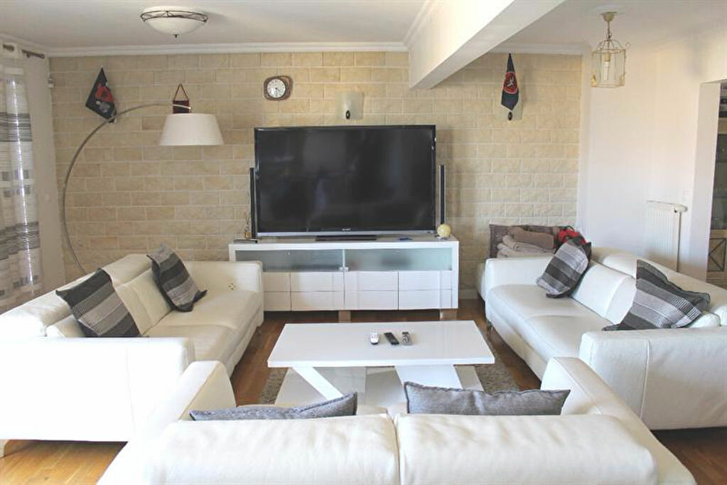 Achat Maison 10 pièces à Bonneuil-sur-Marne - vignette-7