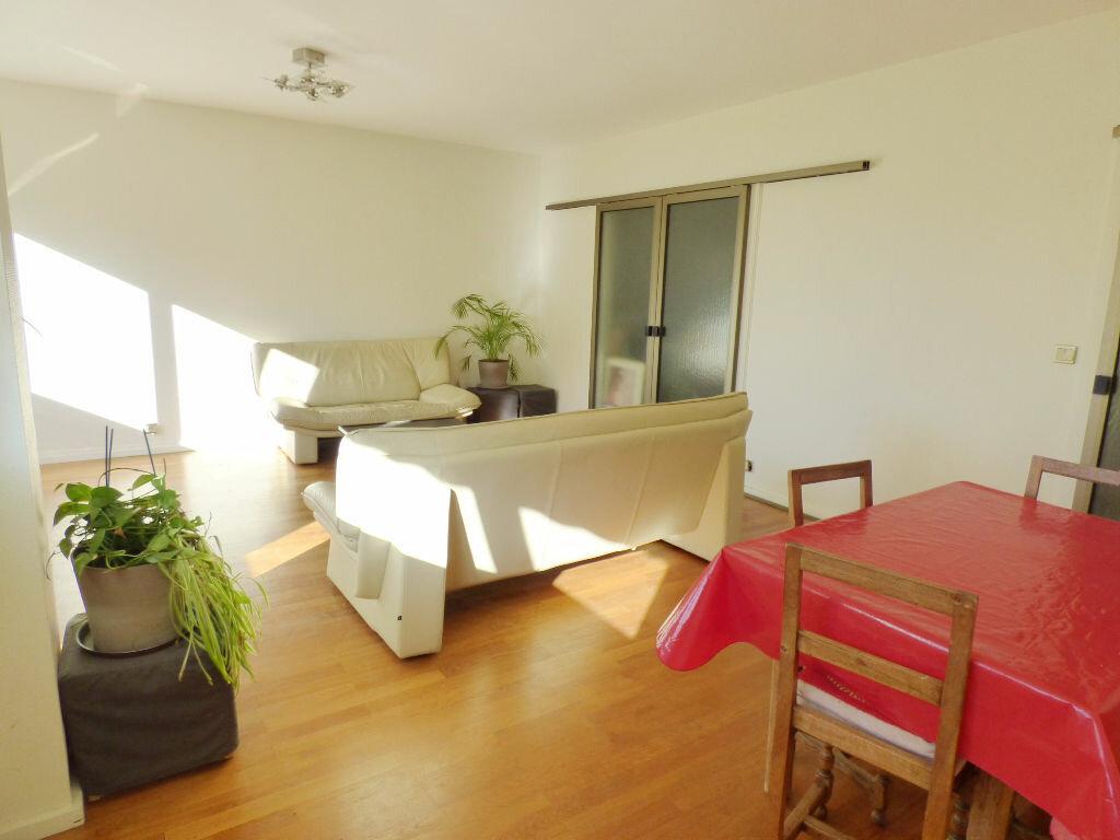 Achat Appartement 5 pièces à Lyon 5 - vignette-2