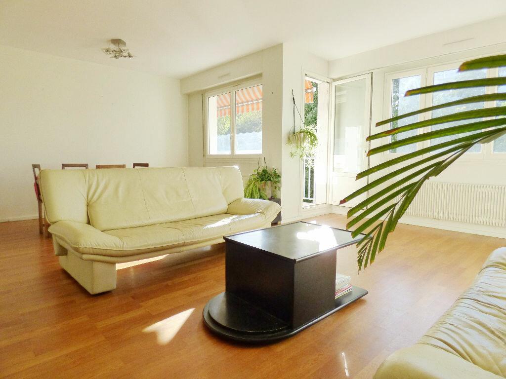 Achat Appartement 5 pièces à Lyon 5 - vignette-10