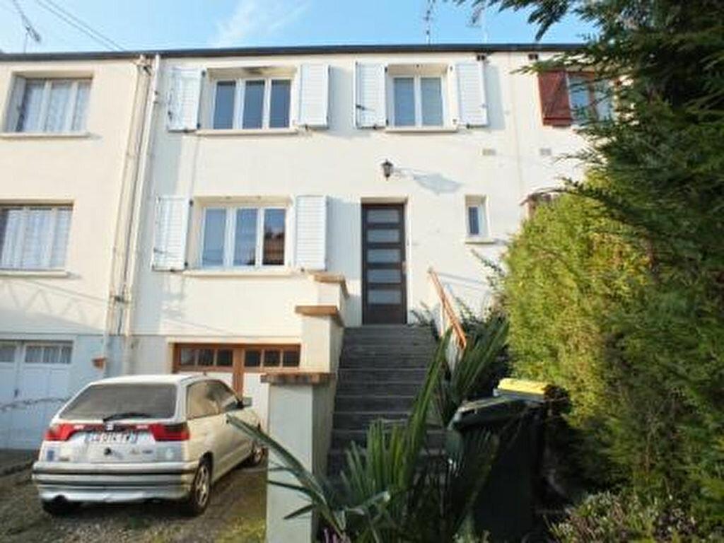 Achat Maison 4 pièces à Garennes-sur-Eure - vignette-1