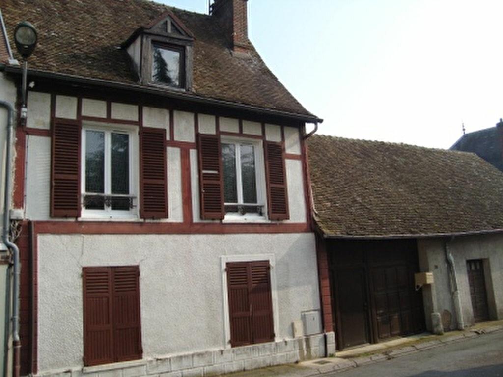 Achat Maison 5 pièces à Ivry-la-Bataille - vignette-1