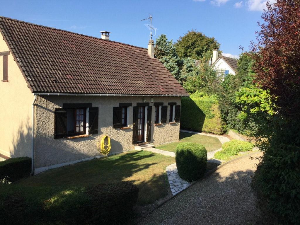 Achat Maison 6 pièces à Berchères-sur-Vesgre - vignette-1