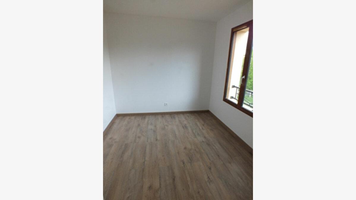 Location Appartement 3 pièces à Bazainville - vignette-7