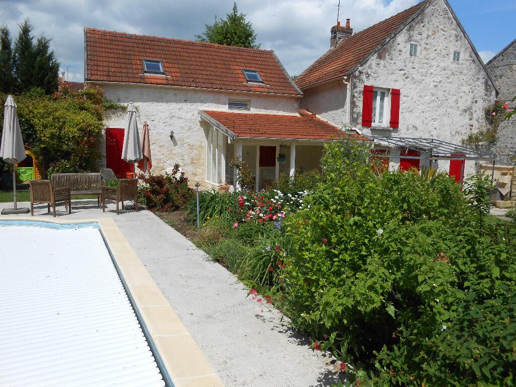 Achat Maison 8 pièces à Lizy-sur-Ourcq - vignette-2