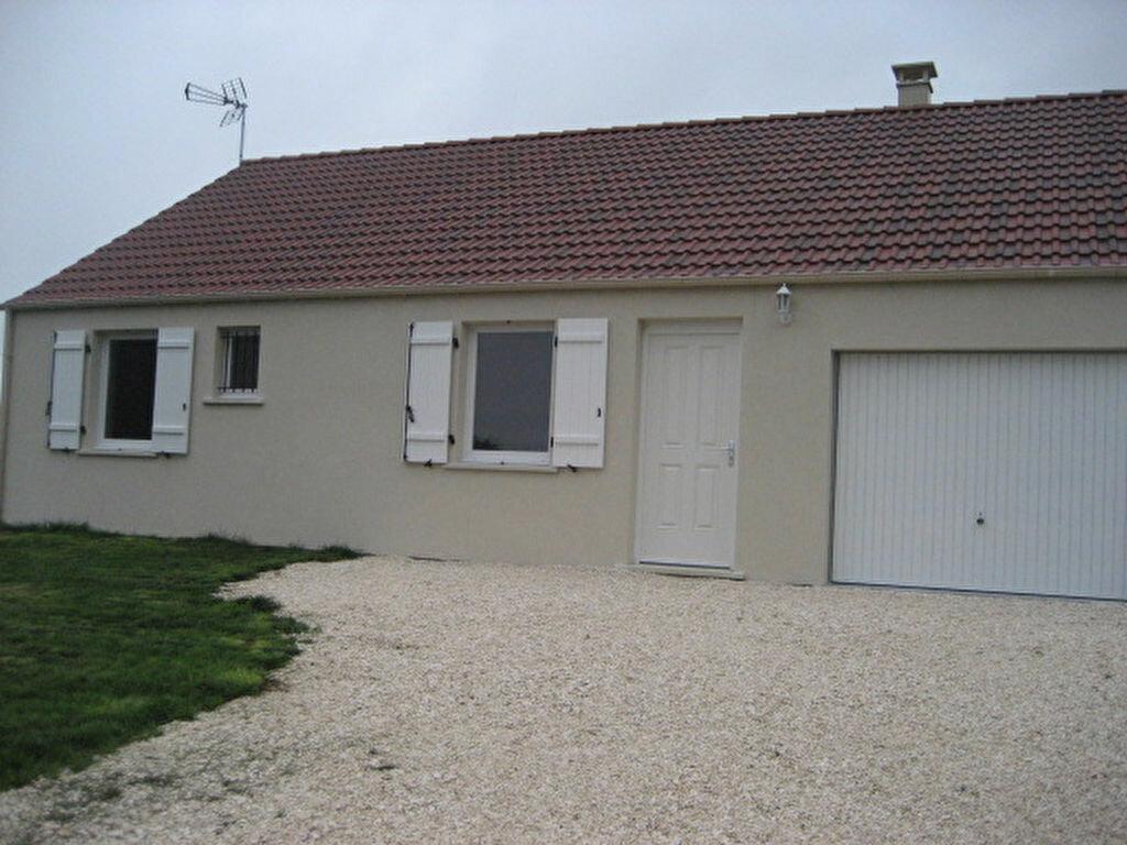 Location Maison 4 pièces à Vendrest - vignette-1