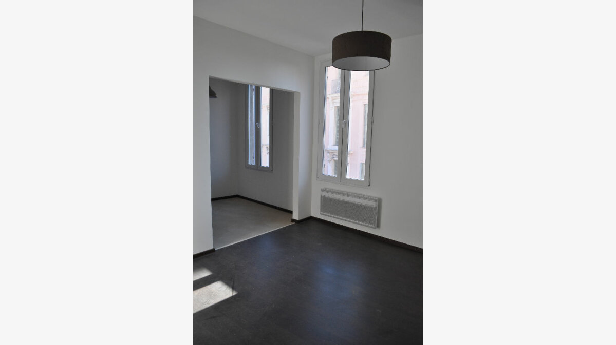 Location Appartement 2 pièces à Beaulieu-sur-Mer - vignette-1