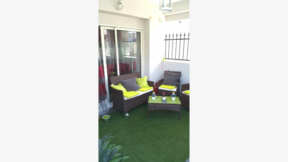 Achat Appartement 4 pièces à Villeneuve-Loubet - vignette-1