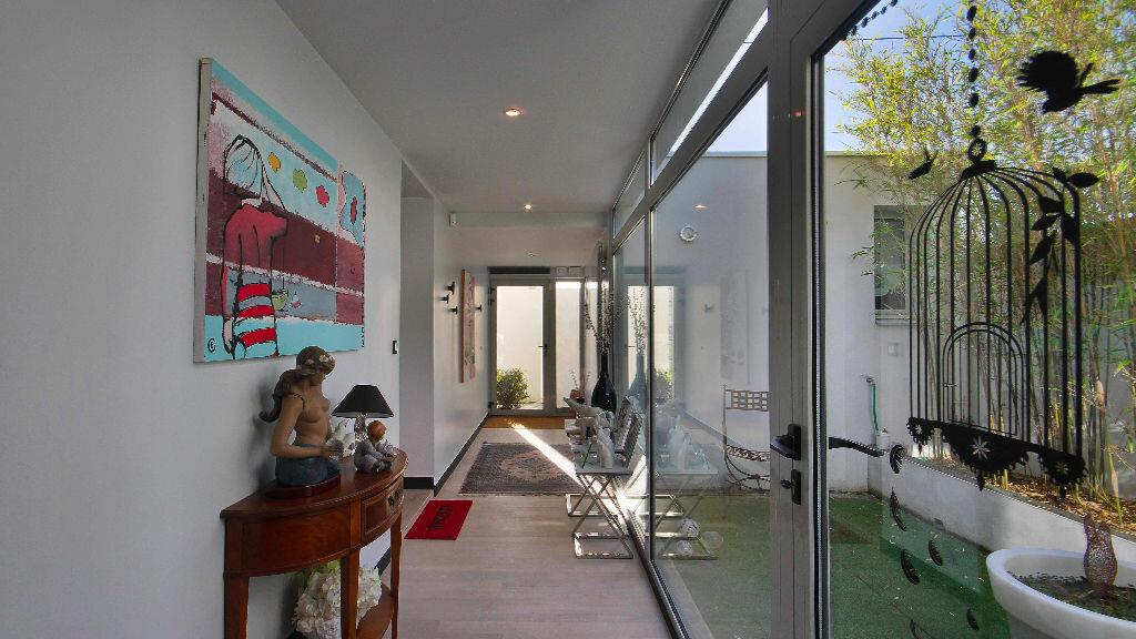 Achat Maison 10 pièces à Vannes - vignette-1