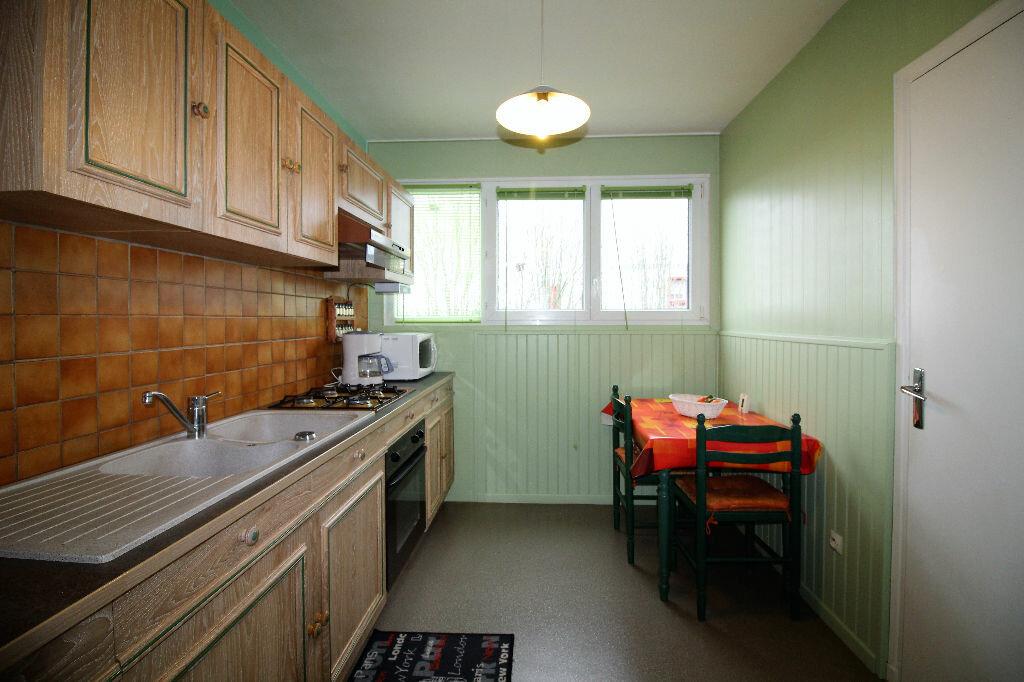 Achat Appartement 4 pièces à Vannes - vignette-3