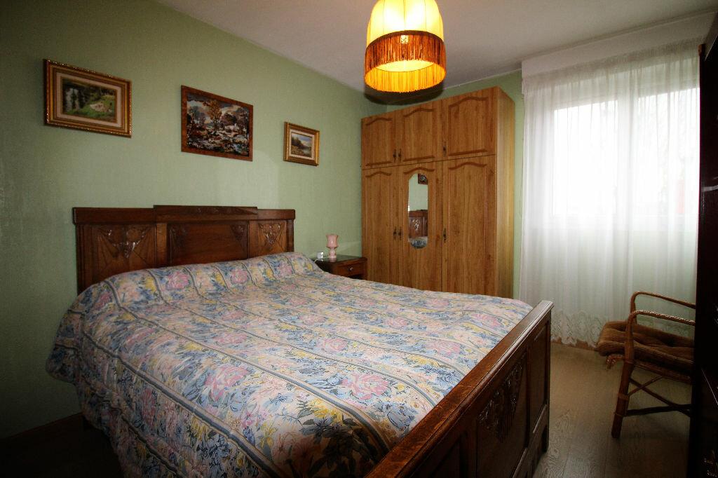 Achat Appartement 4 pièces à Vannes - vignette-4