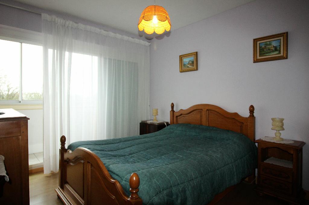 Achat Appartement 4 pièces à Vannes - vignette-5