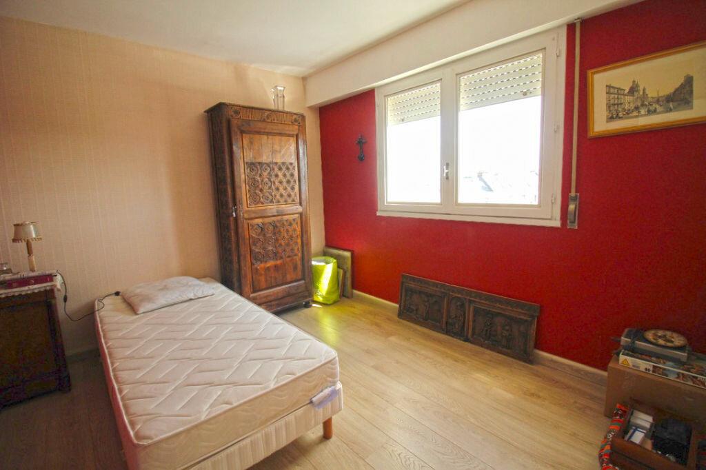 Achat Appartement 4 pièces à Vannes - vignette-6
