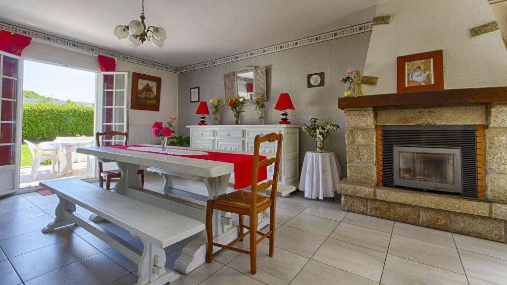 Achat Maison 6 pièces à Saint-Jean-Brévelay - vignette-2