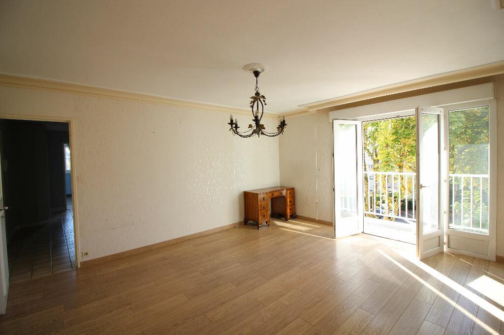 Achat Appartement 5 pièces à Vannes - vignette-1