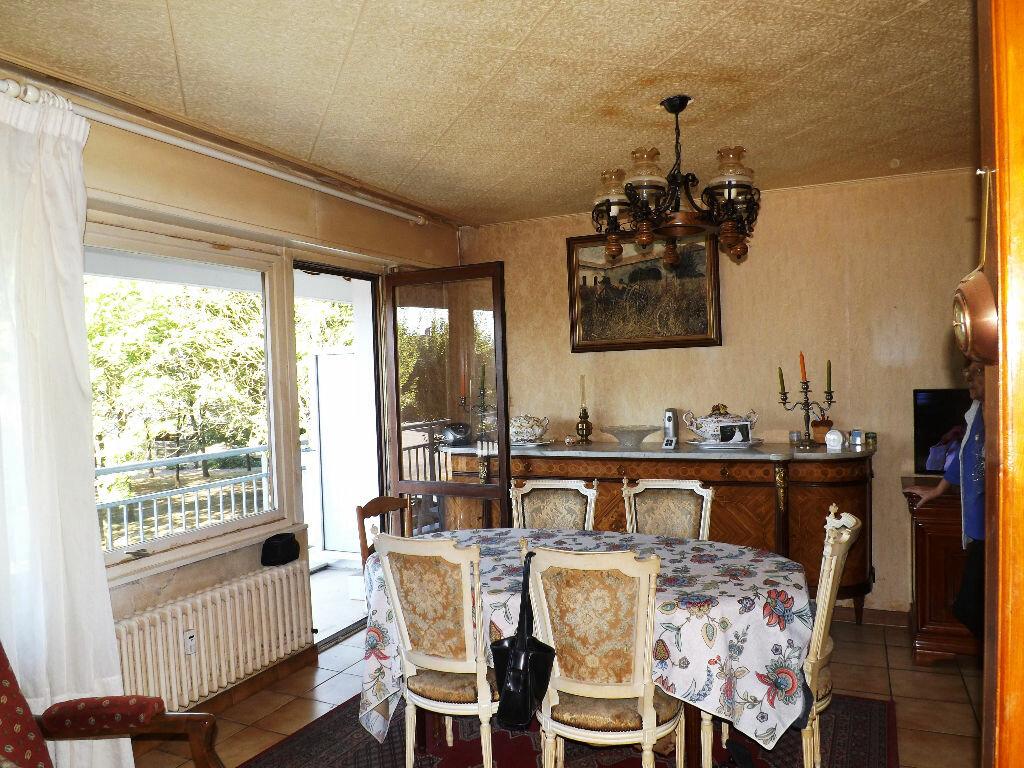 Achat Appartement 3 pièces à Thionville - vignette-4
