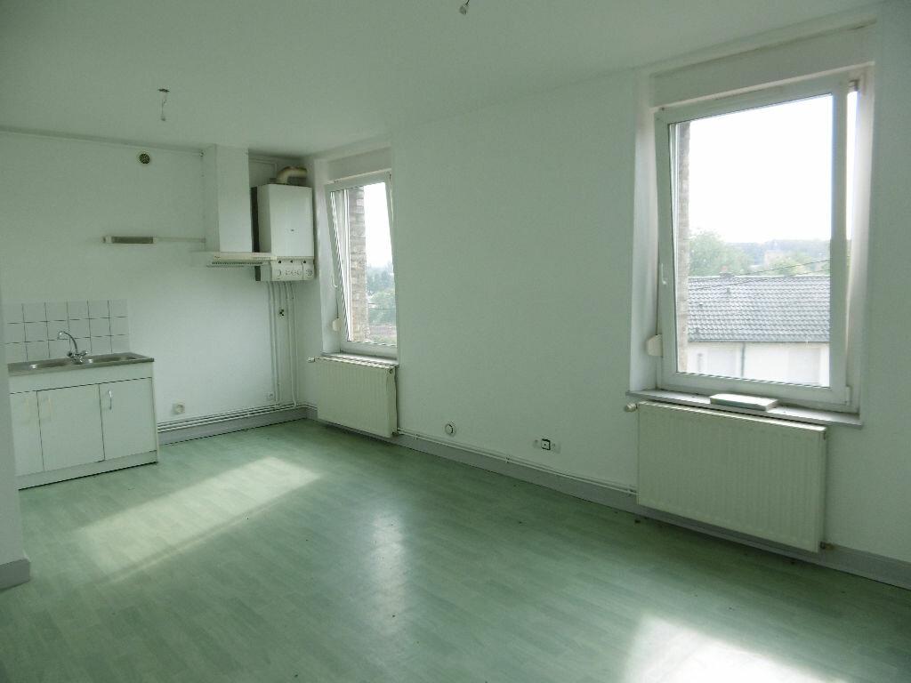 Location Appartement 2 pièces à Homécourt - vignette-1