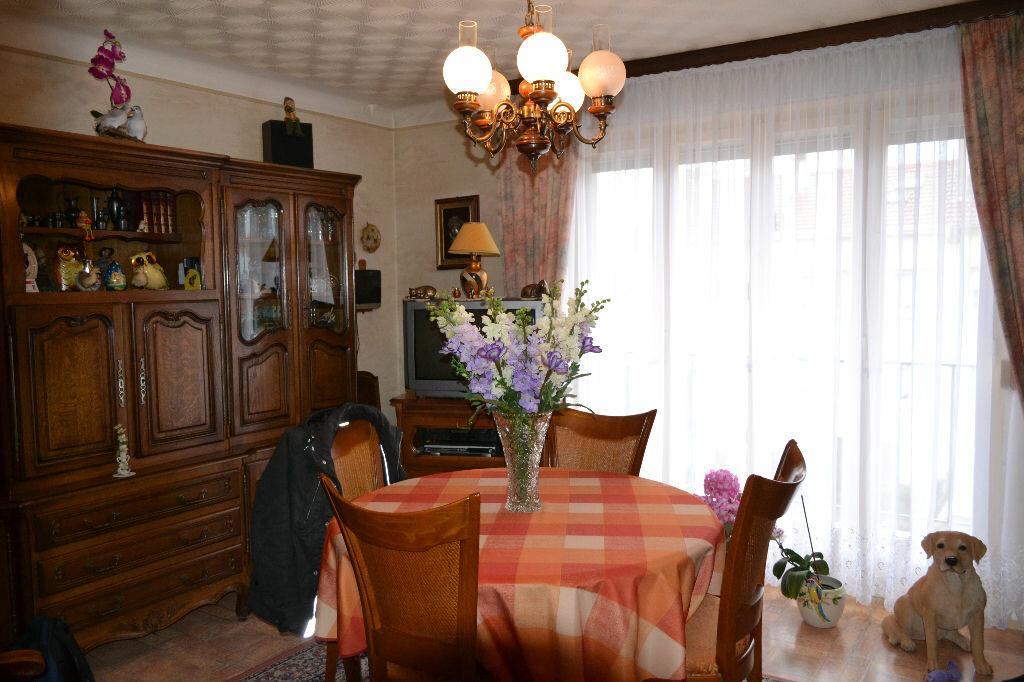 Achat Appartement 3 pièces à Montigny-lès-Metz - vignette-5