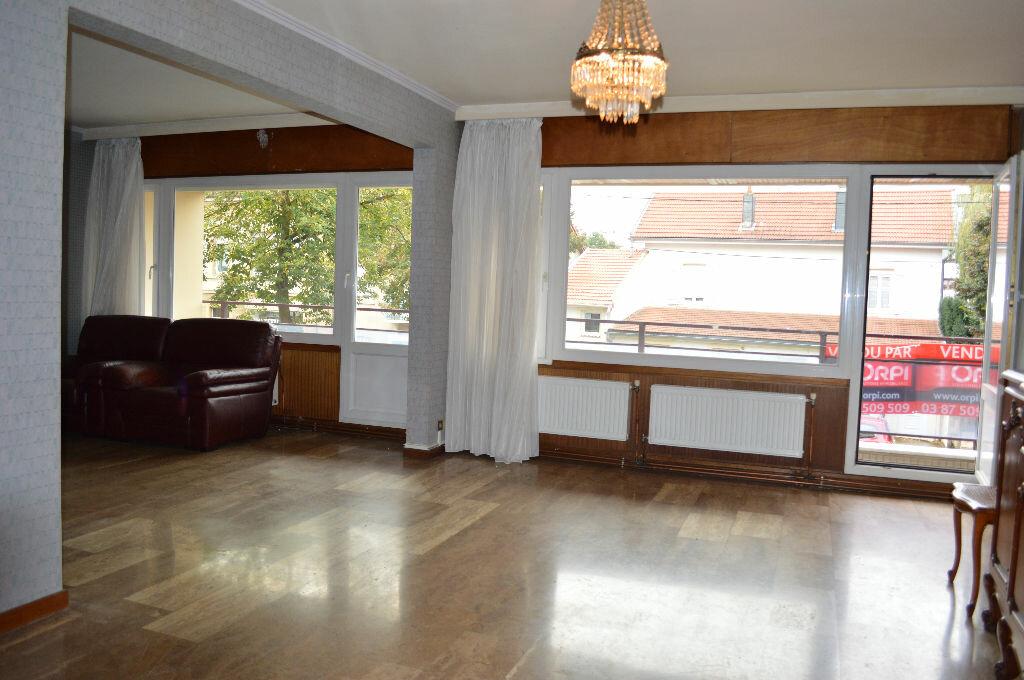 Achat Appartement 5 pièces à Metz - vignette-3