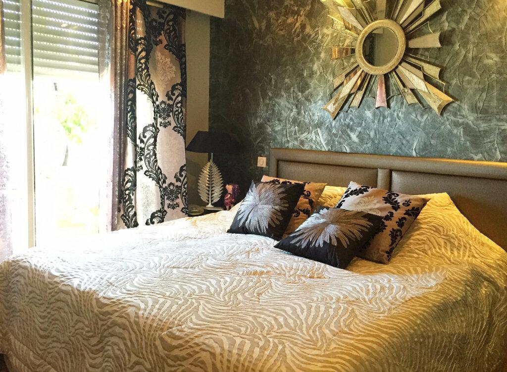 Achat Appartement 4 pièces à Saint-Laurent-du-Var - vignette-6