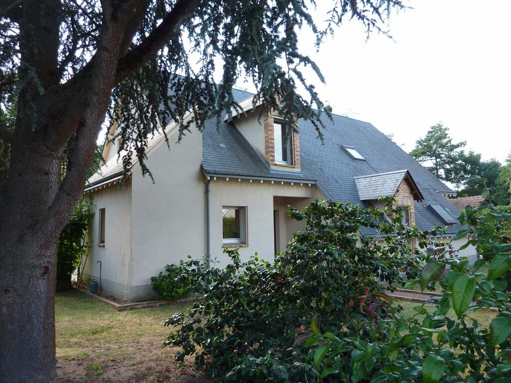 Achat Maison 11 pièces à Saint-Denis-en-Val - vignette-1