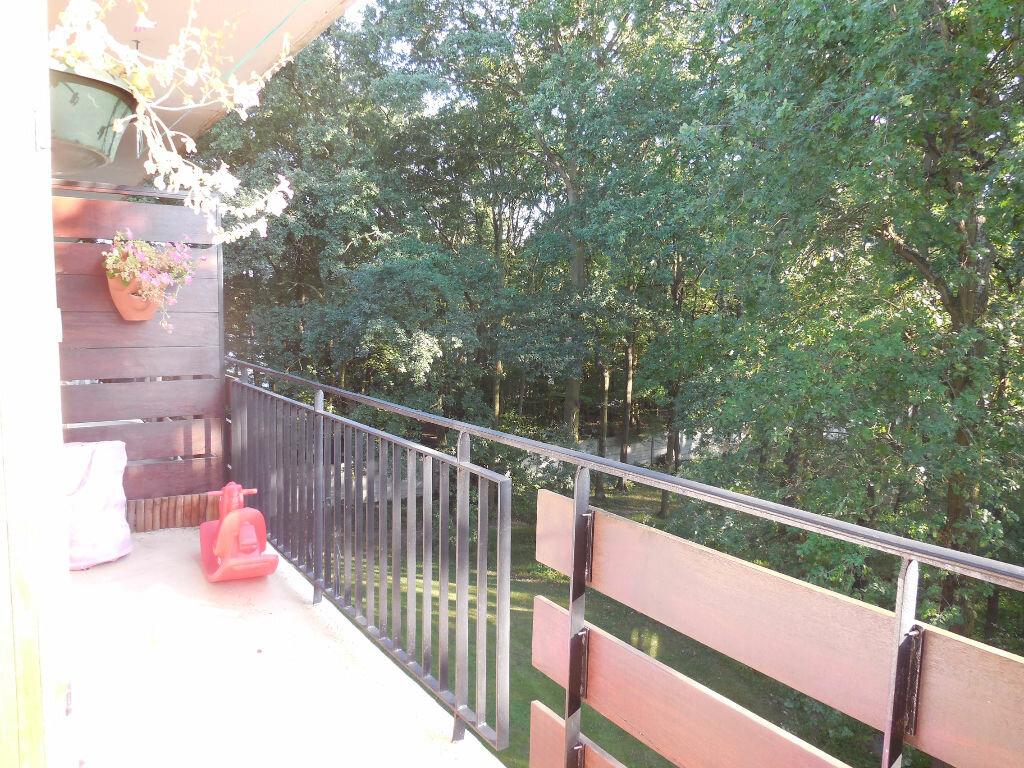 Achat Appartement 4 pièces à Montigny-lès-Cormeilles - vignette-1
