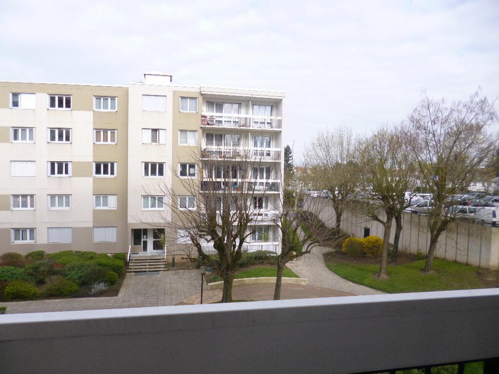 Achat Appartement 2 pièces à Taverny - vignette-1
