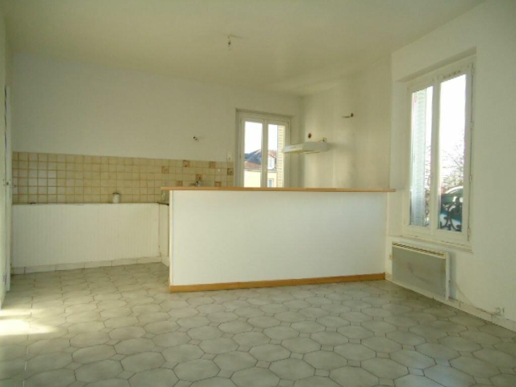 Achat Appartement 2 pièces à Saint-Leu-la-Forêt - vignette-2