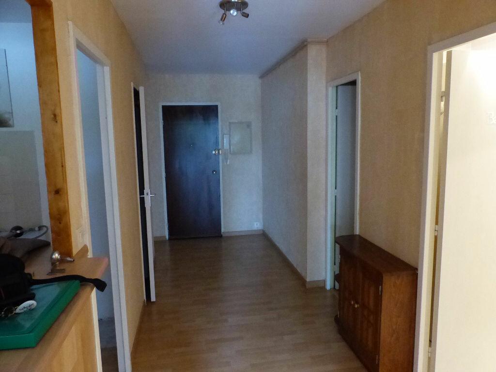 Achat Appartement 2 pièces à Angers - vignette-2