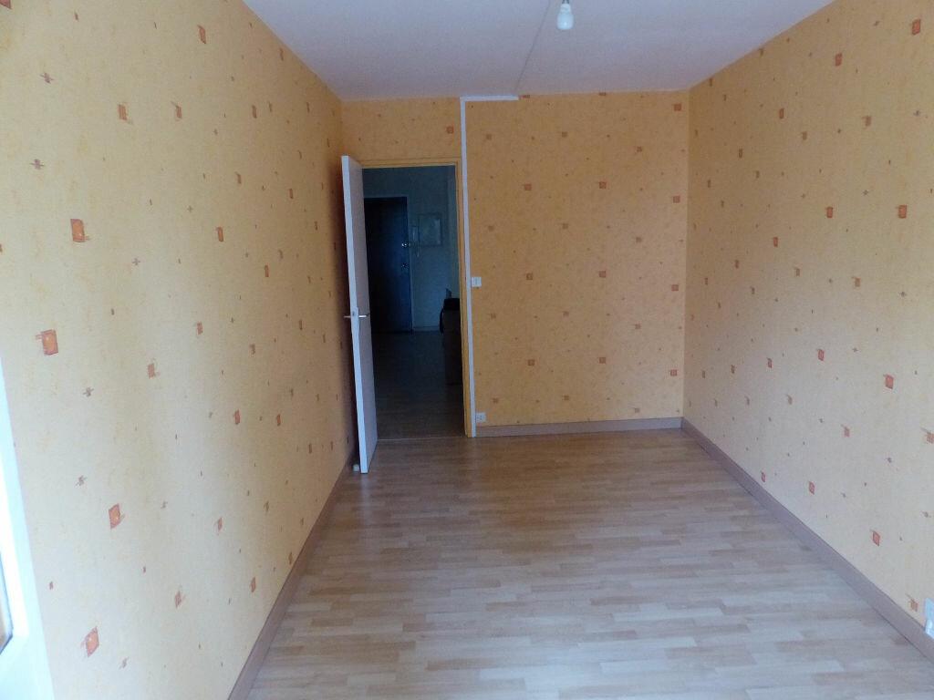 Achat Appartement 2 pièces à Angers - vignette-4
