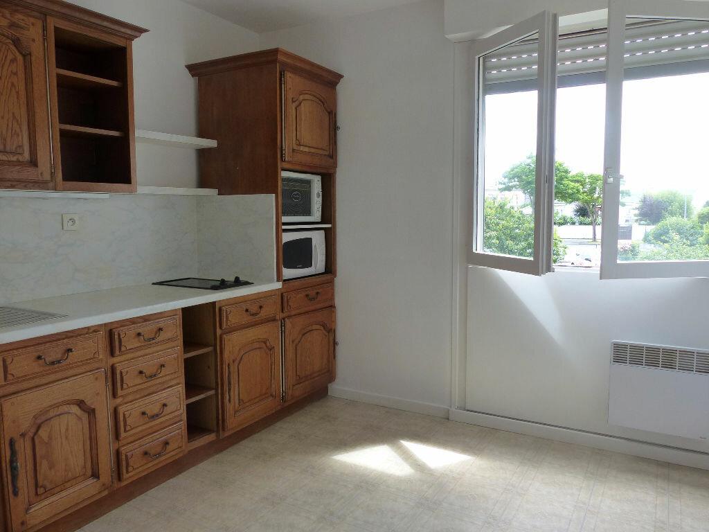 Achat Appartement 1 pièce à Angers - vignette-1