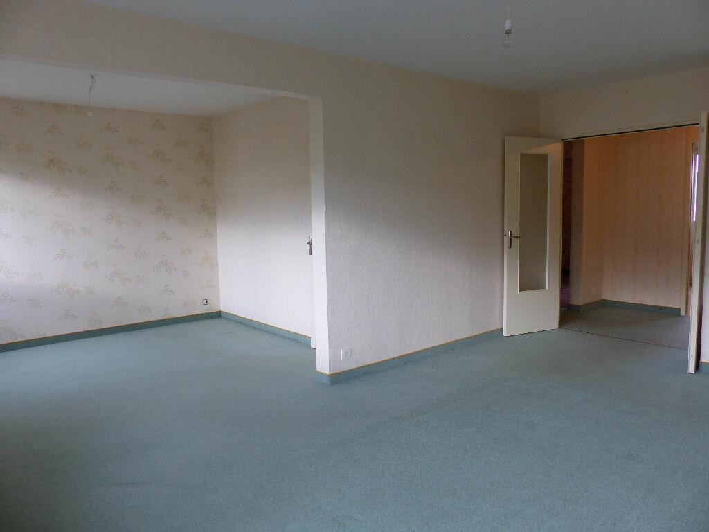 Achat Appartement 4 pièces à Angers - vignette-1