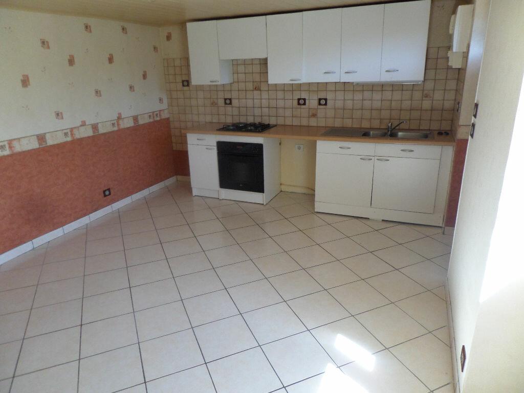 Location Maison 2 pièces à Saint-Priest-Taurion - vignette-2