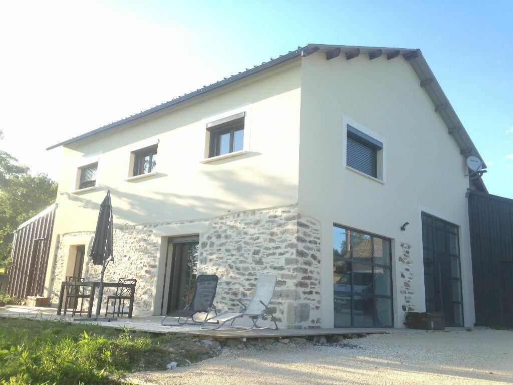 Achat Maison 8 pièces à Oradour-sur-Vayres - vignette-1