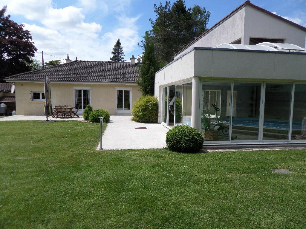 Achat Maison 7 pièces à Verneuil-sur-Vienne - vignette-1