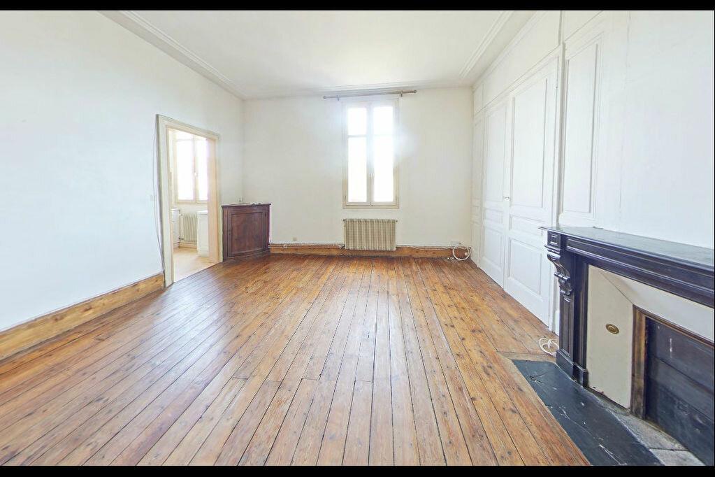 Achat Appartement 5 pièces à Limoges - vignette-2