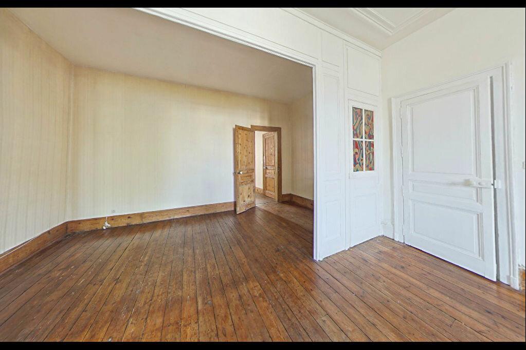 Achat Appartement 5 pièces à Limoges - vignette-3