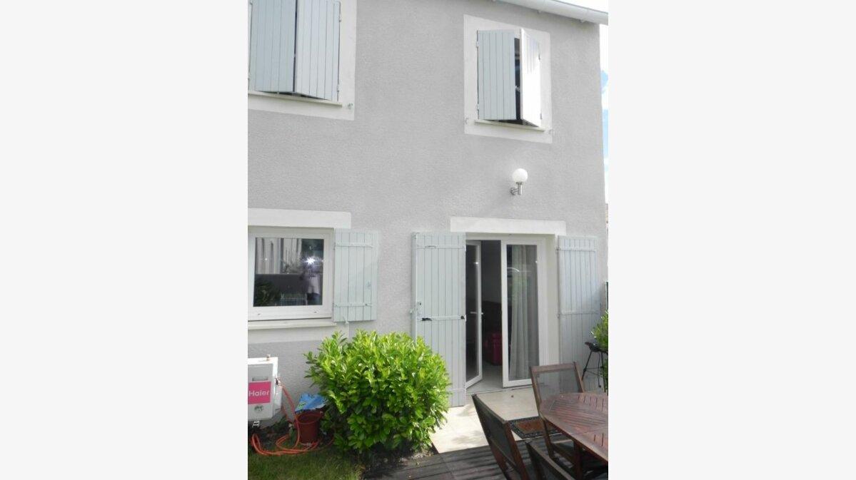 Achat Maison 4 pièces à L'Isle-sur-la-Sorgue - vignette-1
