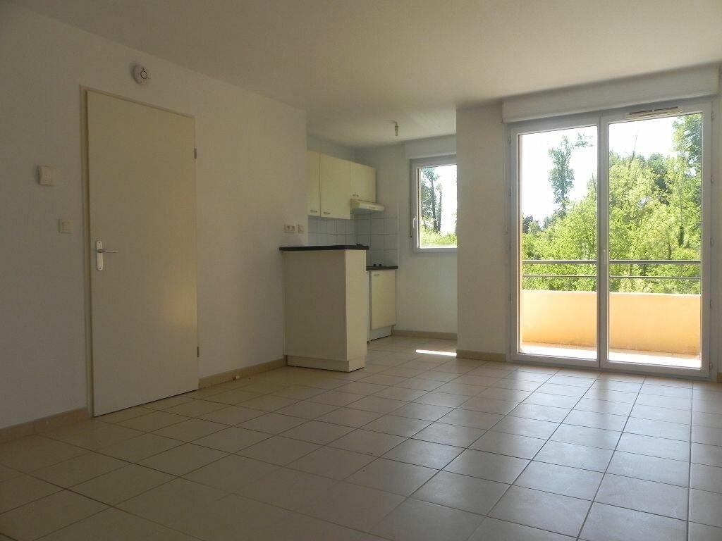 Achat Appartement 2 pièces à L'Isle-sur-la-Sorgue - vignette-1