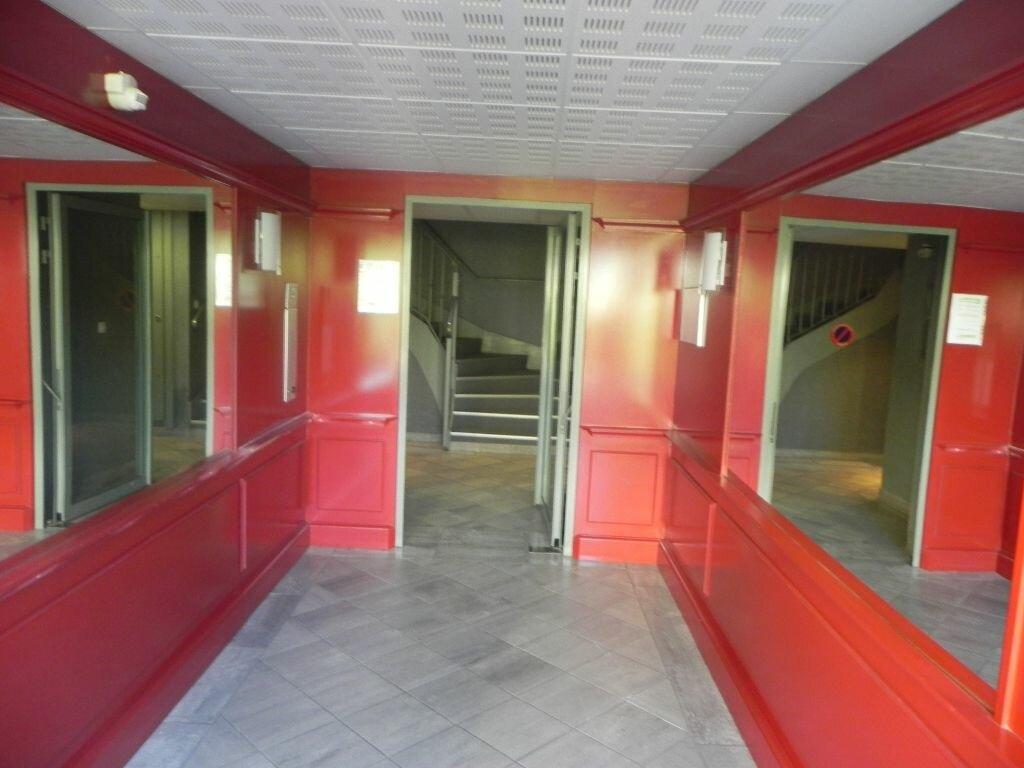 Achat Appartement 2 pièces à L'Isle-sur-la-Sorgue - vignette-7
