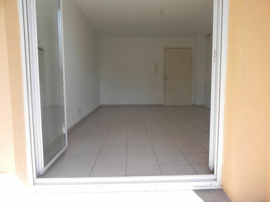 Achat Appartement 2 pièces à L'Isle-sur-la-Sorgue - vignette-9